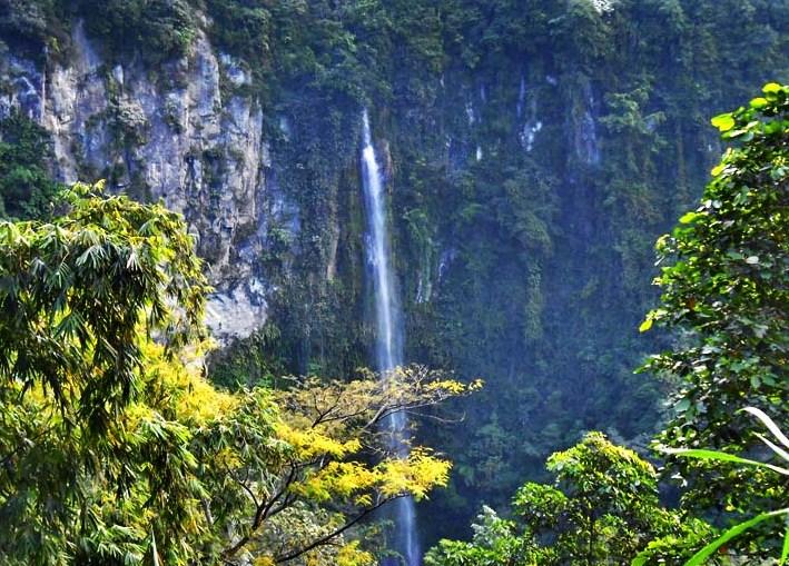 Wisata di Jawa Tengah Air terjun