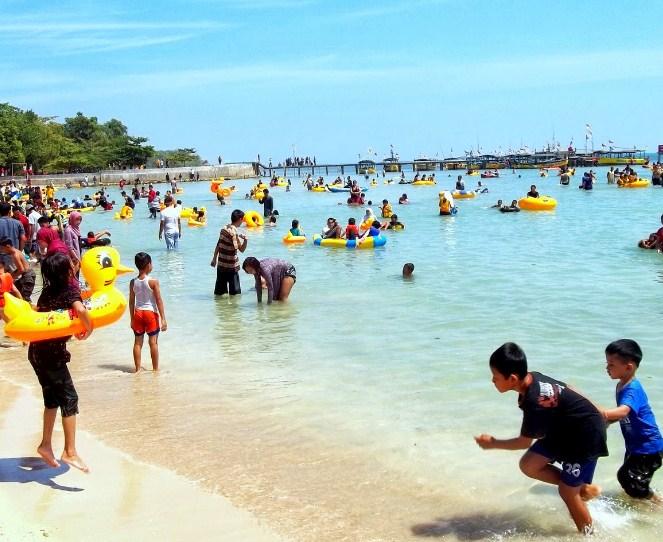 Pantai Bandengan Jawa Tengah