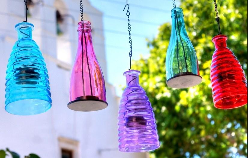 Hiasan Lampu Warna-Warni Dari Botol